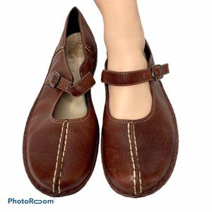 Clarks Mary Jane Comfort Shoes 8.5M